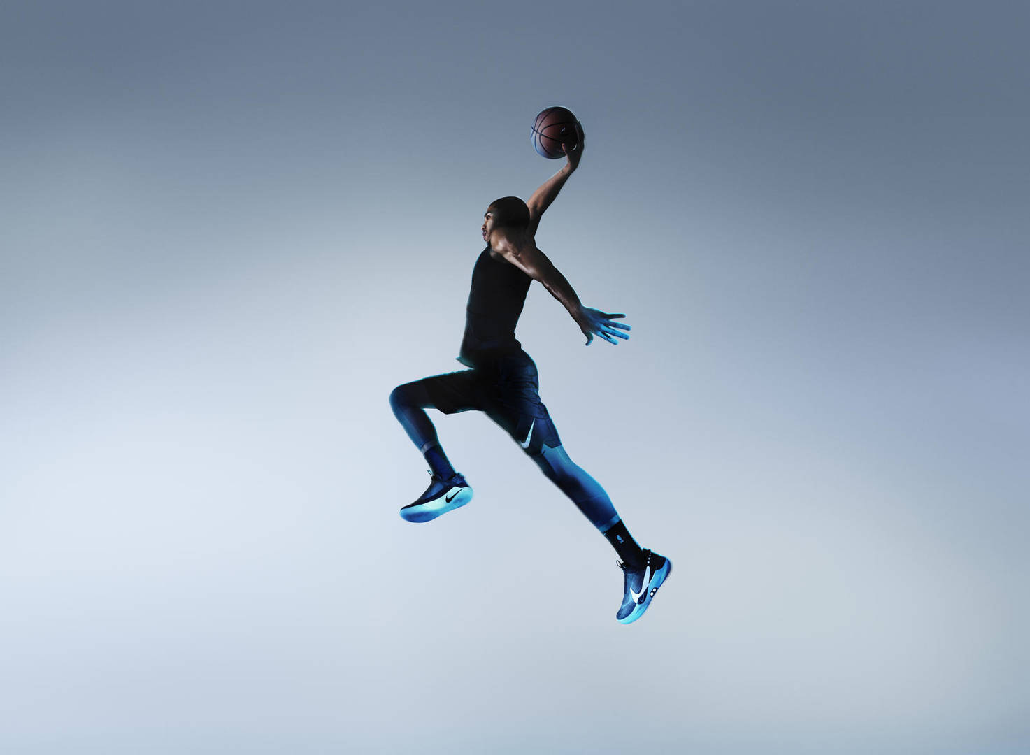 Nike Unveils HyperAdapt BB: The First Self-Lacing Basketball Shoe