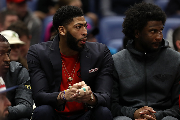 Anthony Davis Won't Sign Long-Term Extension With Any Team But Lakers