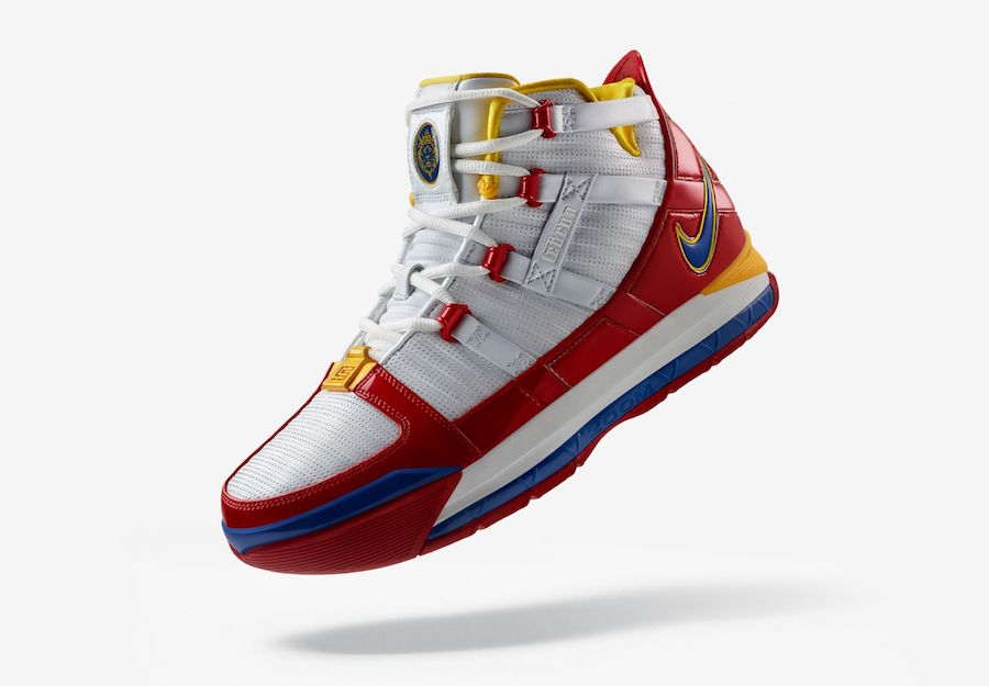 """Nike LeBron 3 """"Superman"""" Release Date Changed: Details"""