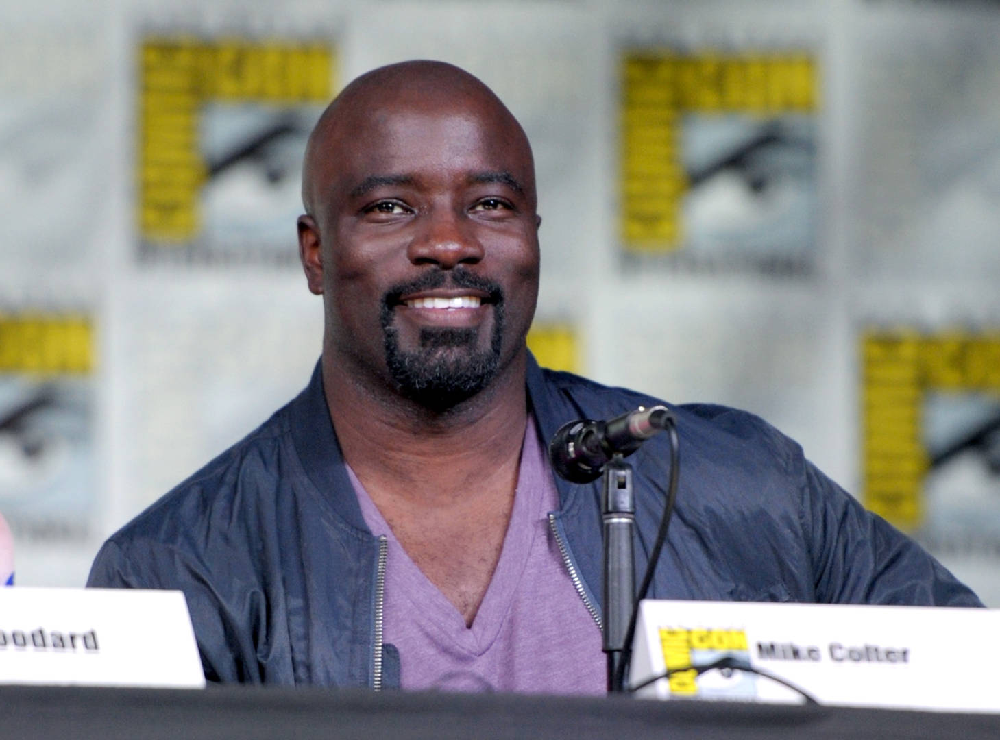 """Could Marvel's """"Daredevil,"""" """"Luke Cage"""" & More Be Saved By Hulu?"""
