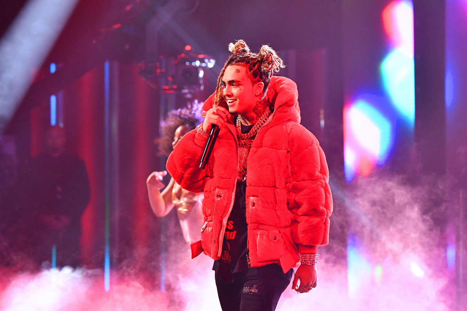 Lil Pump Invades Grammy Awards With Army Of Doppelgängers