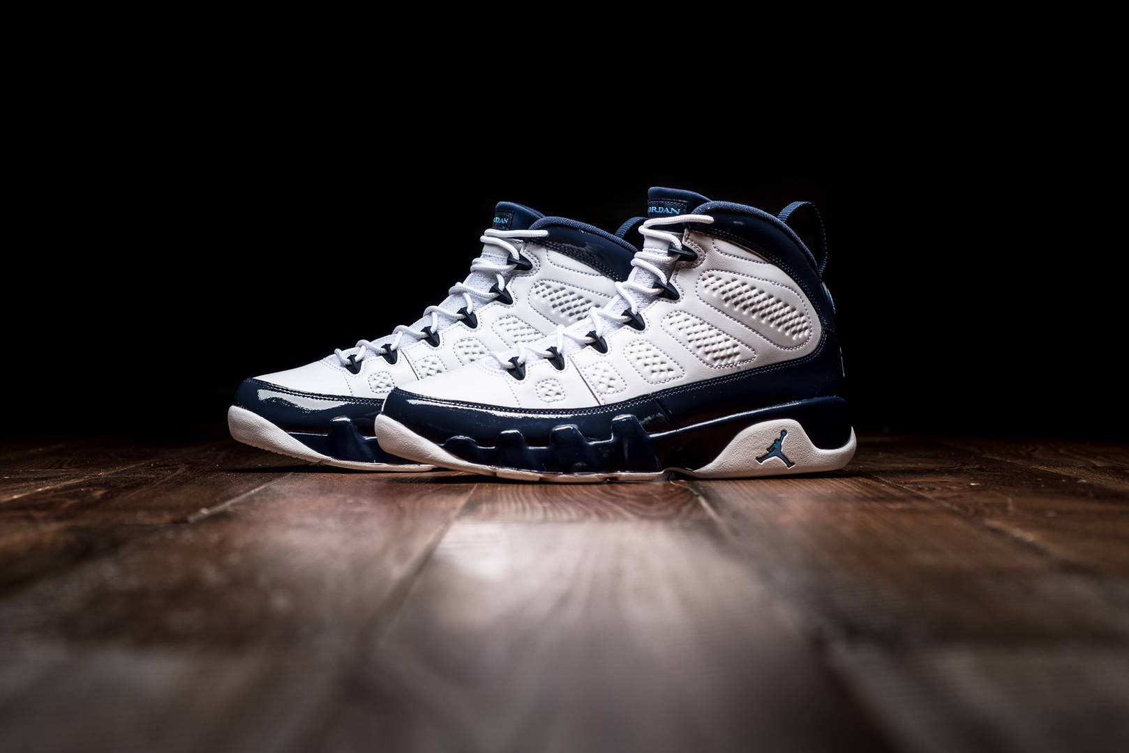 reputable site 6772a 952ba Air Jordan 9