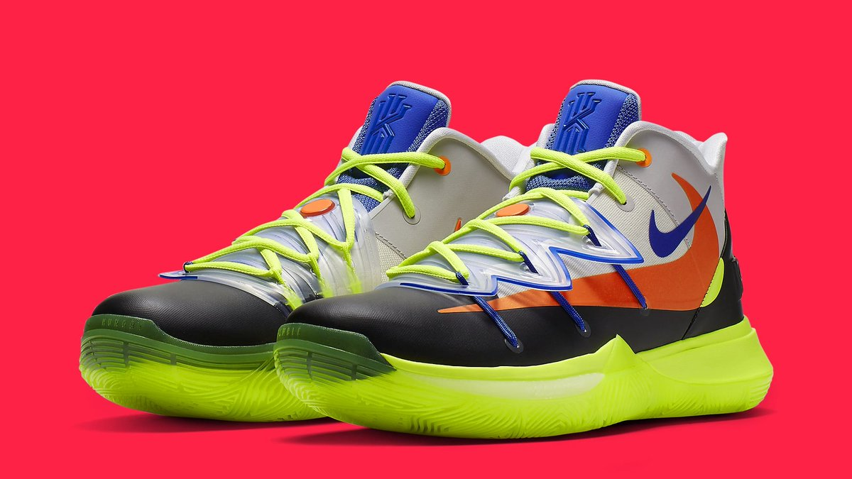 the best attitude 63985 8fc56 Additionally, the ROKIT x Nike Kyrie 5 comes equipped with a translucent   flytrap  shroud and multiple Nike swooshes, both big and small.