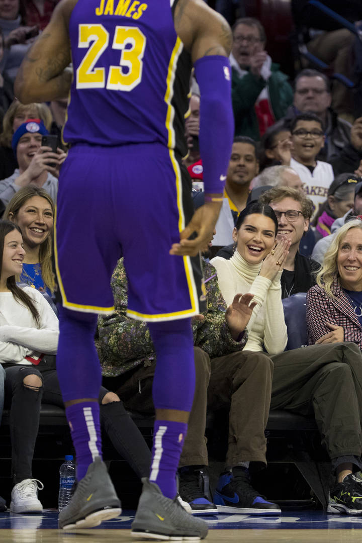 Kendall Jenner Lustfully Stares At LeBron James & Twitter Goes Wild
