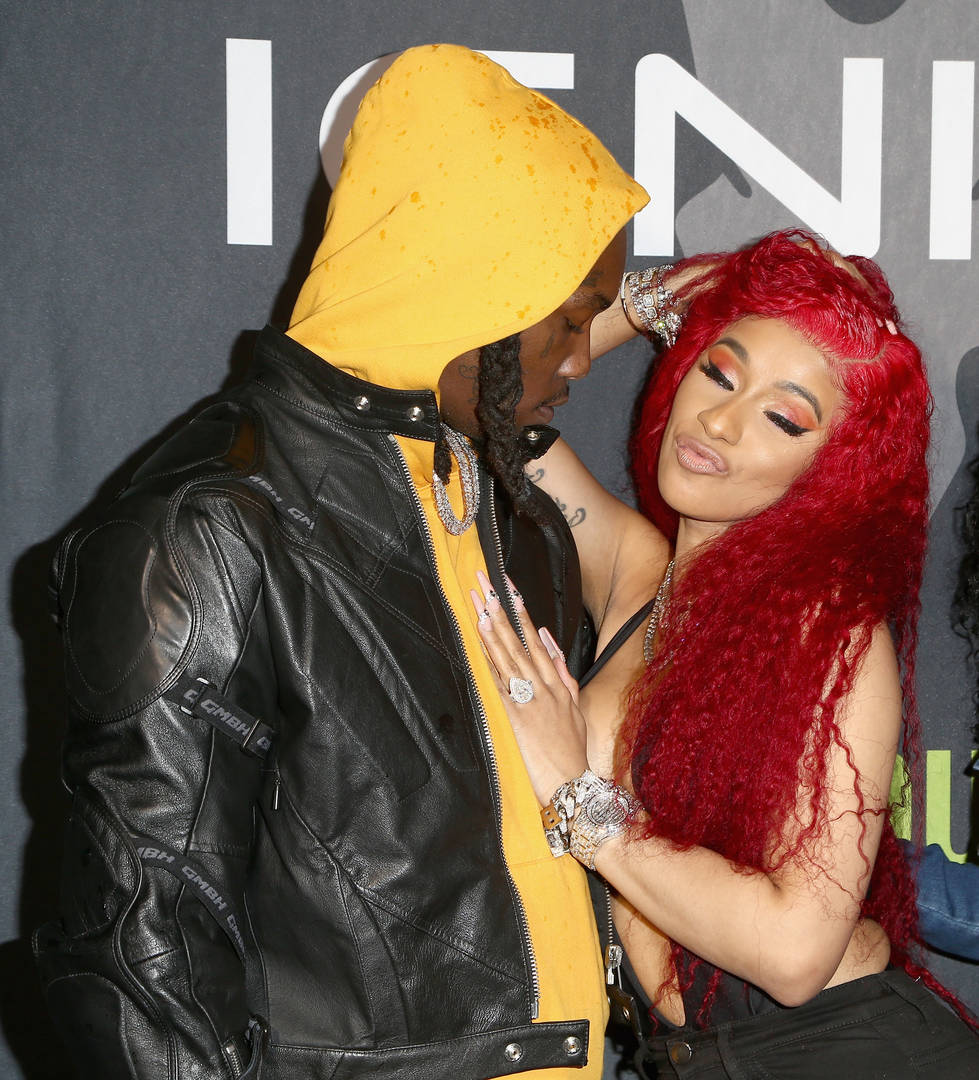 Cardi B Wears Her Offset Engagement Ring For First Time In Months