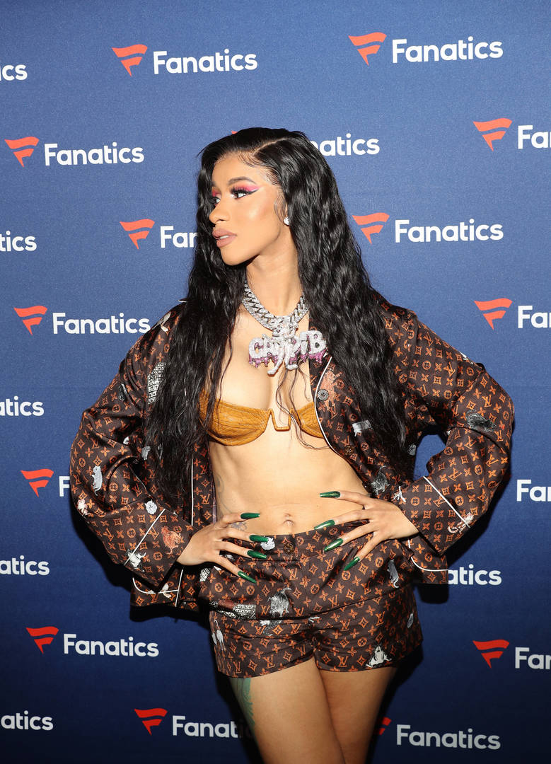 Cardi B Mixtape: Cardi B Reveals Her Weight & Height To Her Millions Of