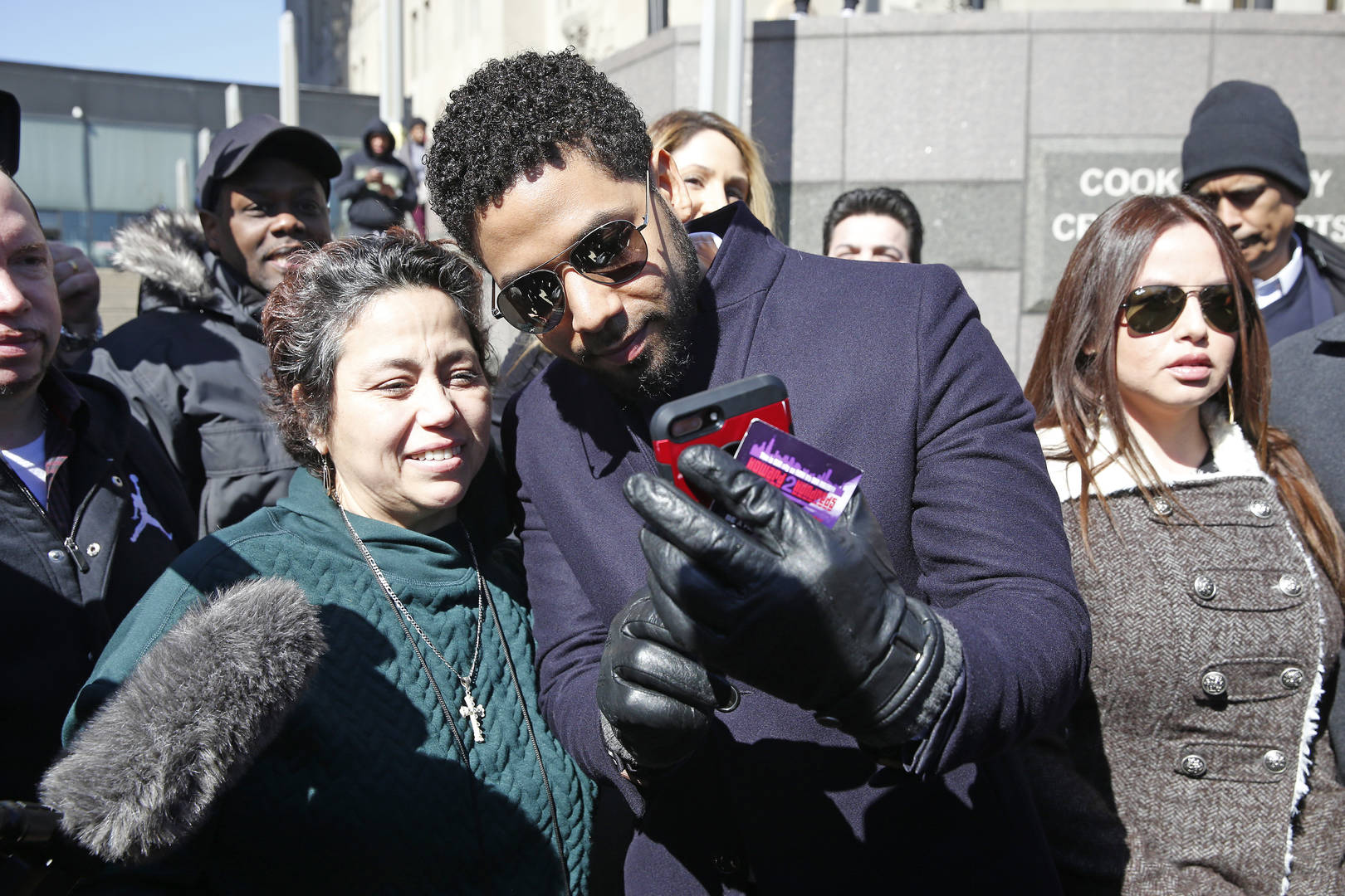 Prosecutor Who Dropped Charges Against Jussie Smollett Thinks Actor Is Guilty