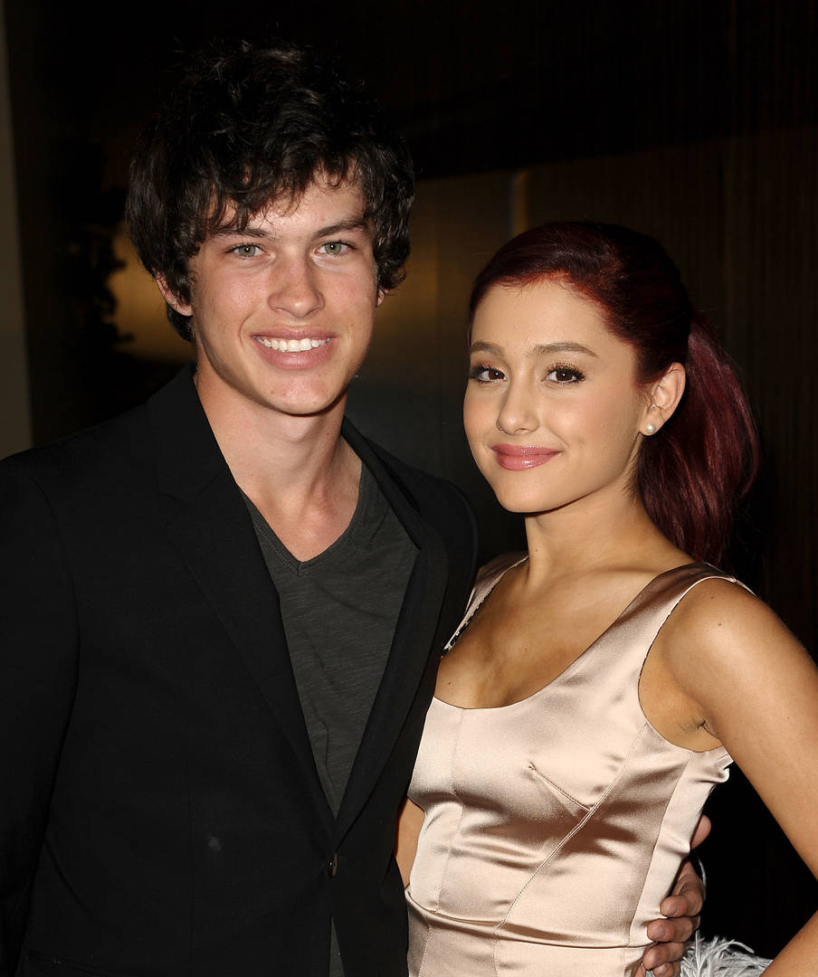 Ariana Grande Spotted Grabbing Dinner With Ex Graham Phillips
