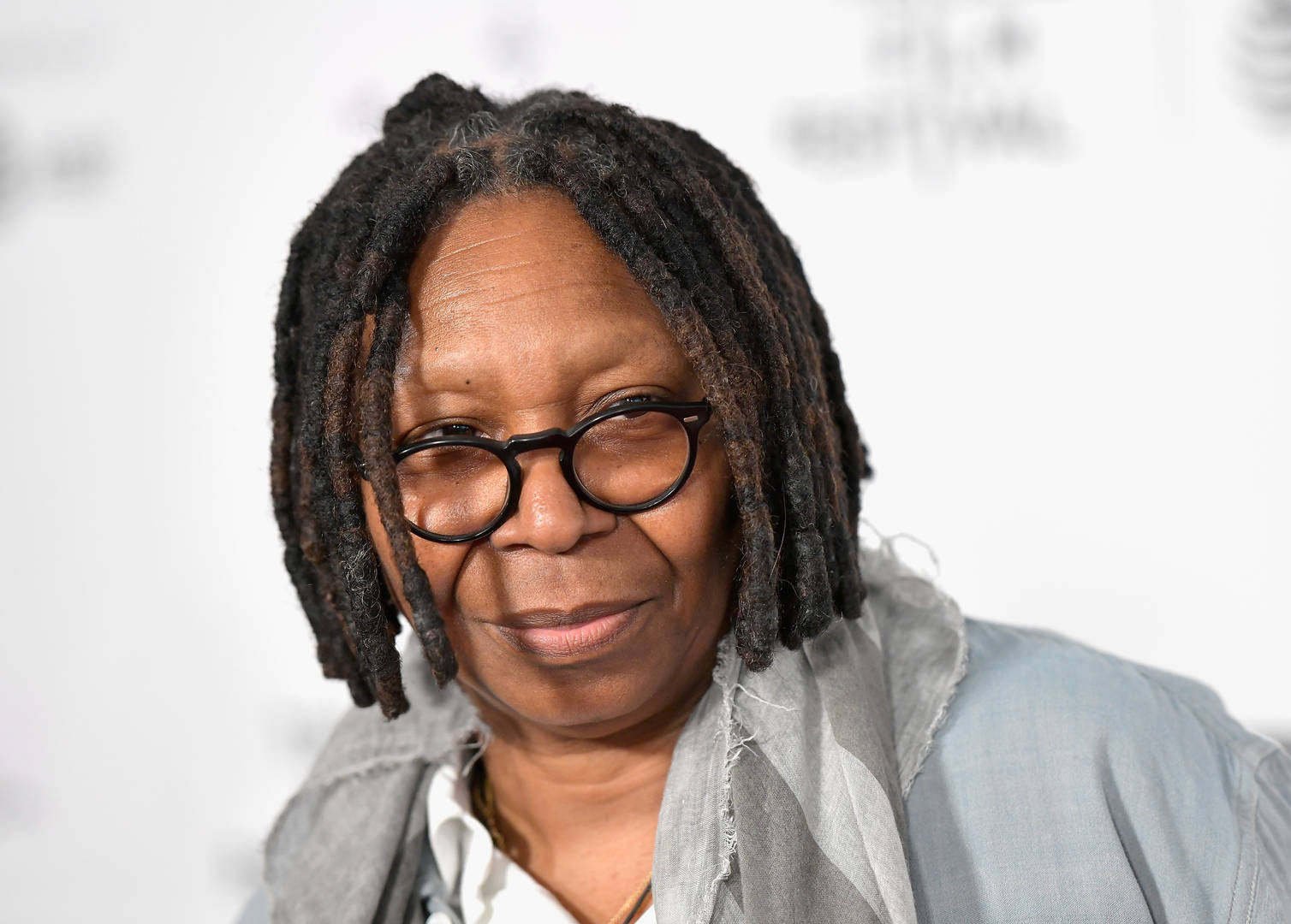 "Whoopi Goldberg Returns To ""The View"" After Near-Tragic Case Of Pneumonia"