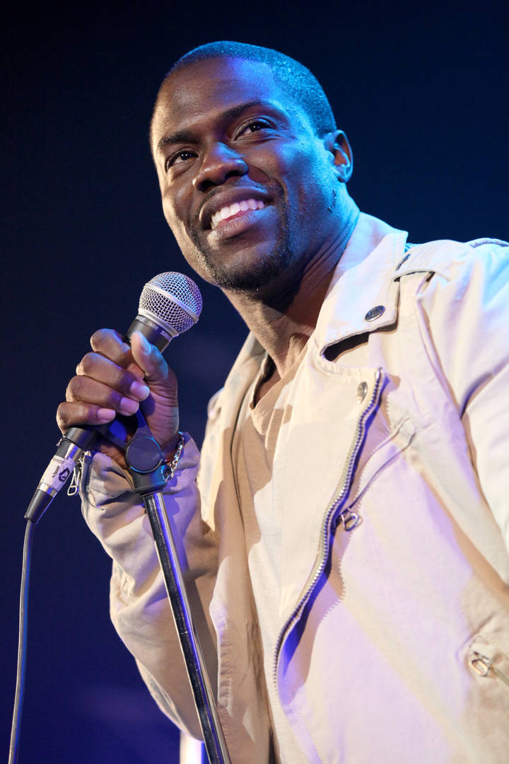 "Kevin Hart Announces First Netflix Comedy Special Since ""OldTweetsGate"""