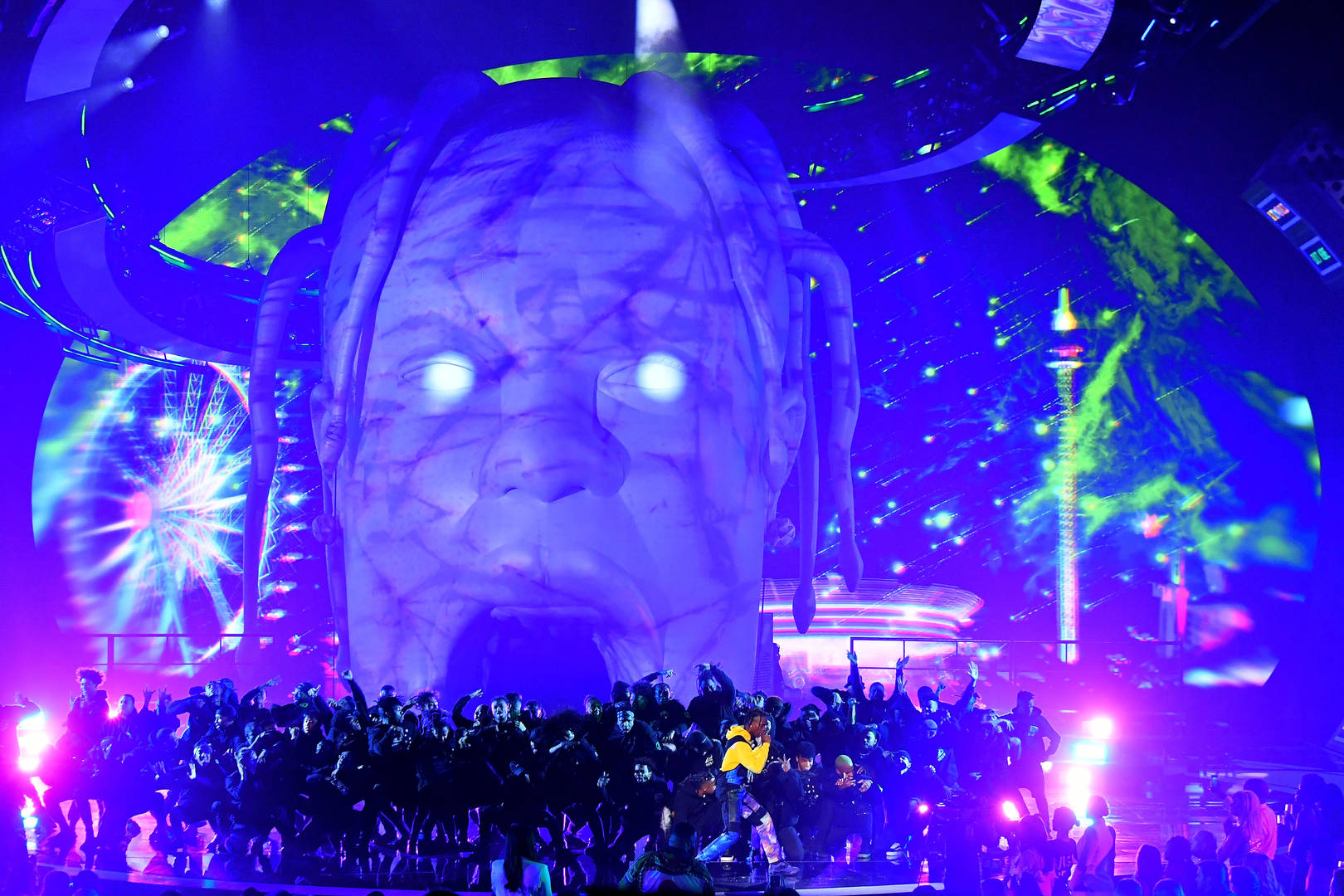 """Travis Scott Spreads Love To Fans After Successful """"Astroworld"""" Tour"""