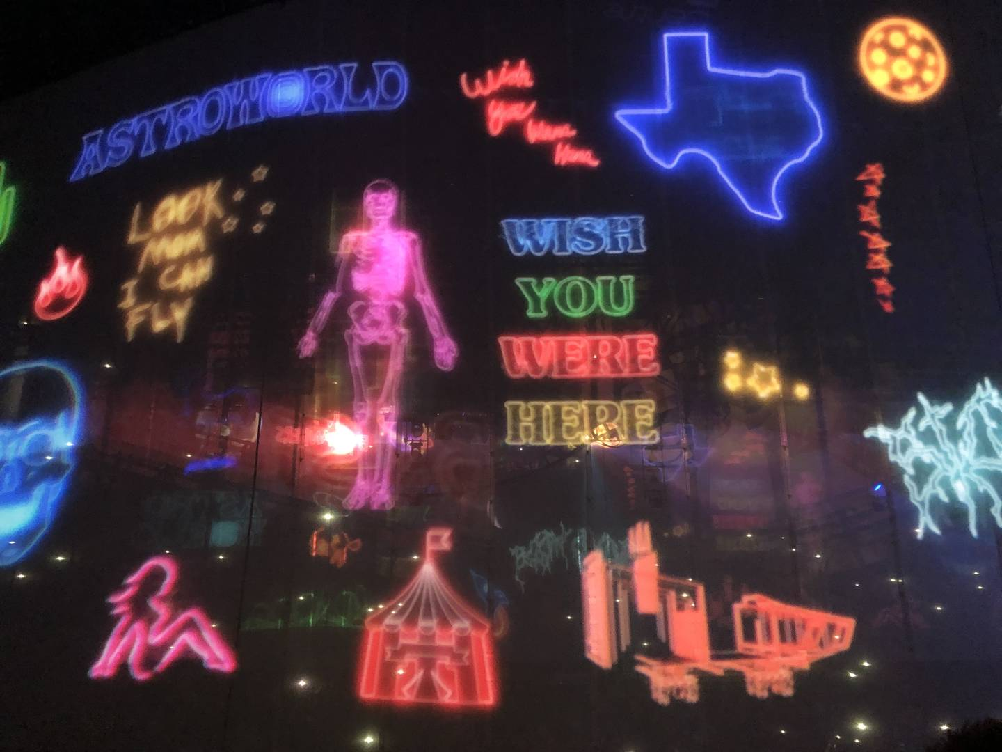 """Travis Scott's """"Astroworld"""" Tour: A Neon-Drenched Dystopia"""