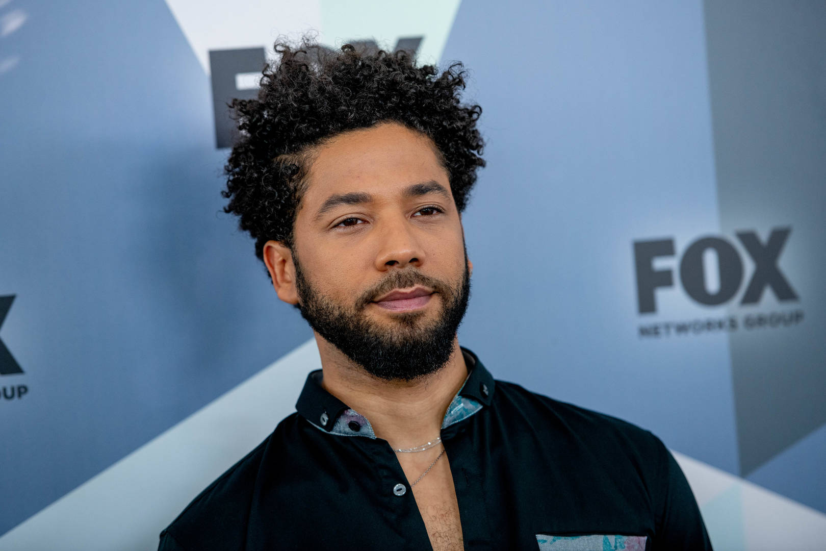 "Jussie Smollett Spotted At Friendly Lunch With ""Empire"" Execs: Report"