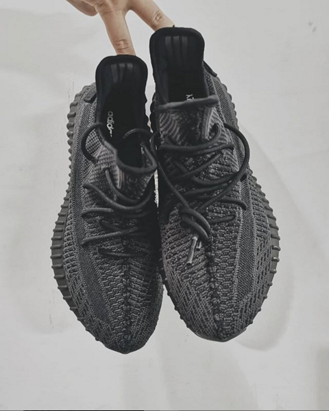 cc4ac1f0e286f Adidas Yeezy Boost 350 V2 Black Colorway Release Date Announced