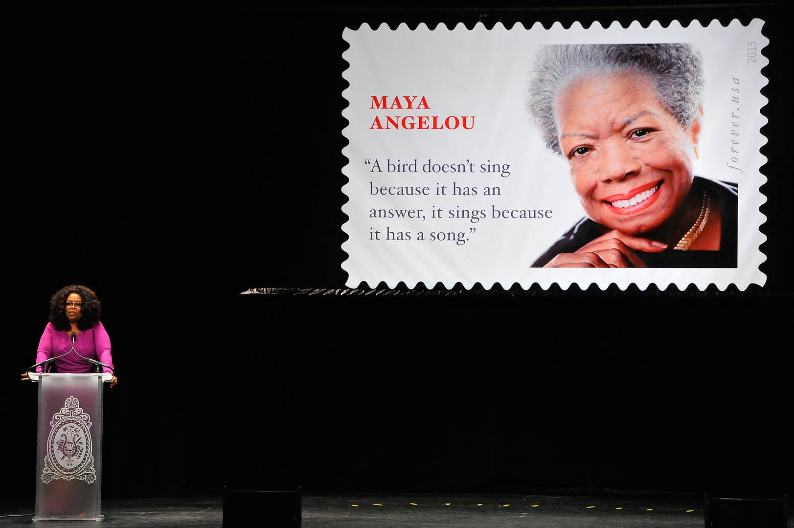 Oprah Politely Checked Someone Who Tried To Interrupt Her Tribute To Maya Angelou
