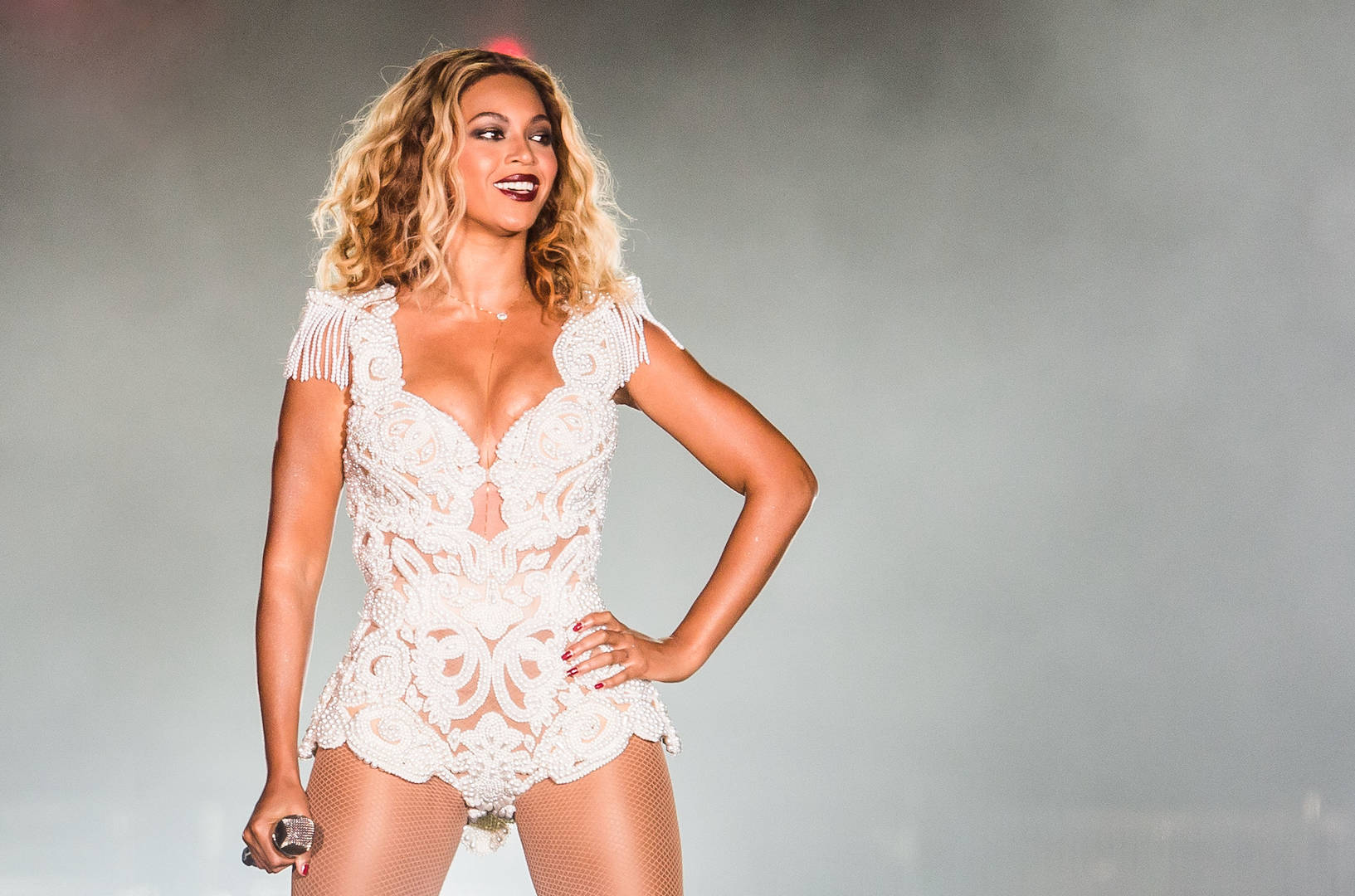 "Beyoncé Gets Mischievous With ""Where Is The Formation World Tour DVD"" Shirts"