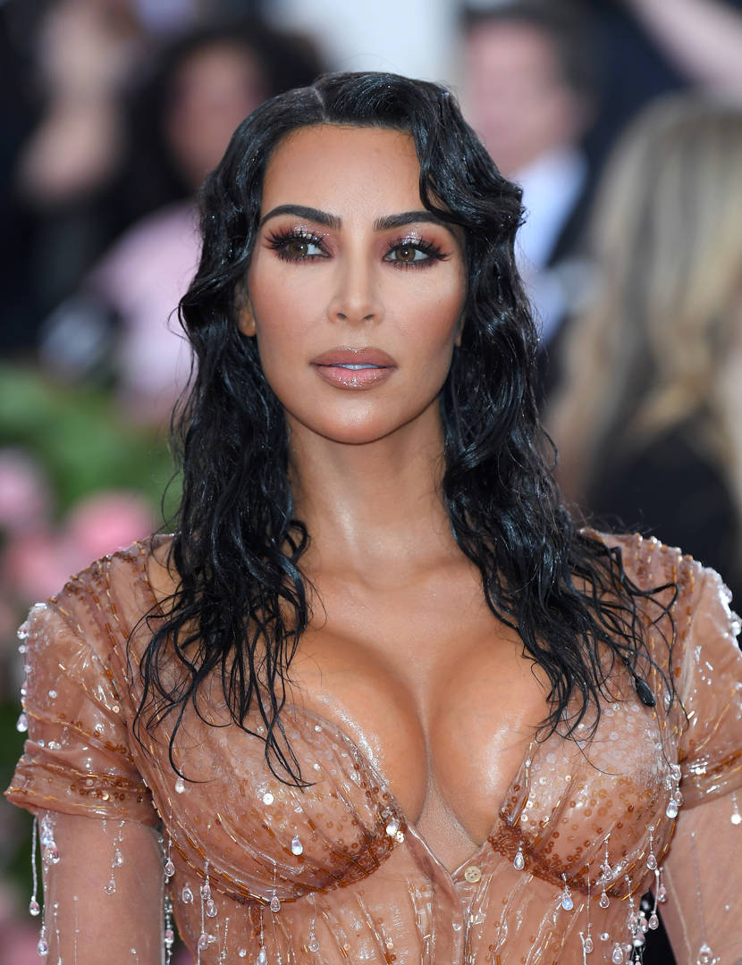 """Kim Kardashian Praised By Alice Marie Johnson For Following Her """"Passion"""" To Be A Lawyer"""