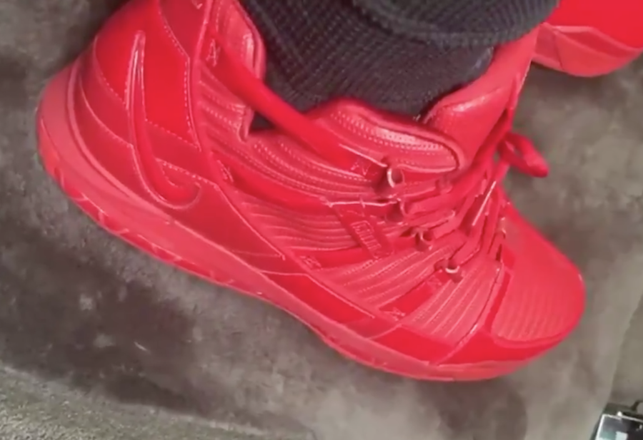LeBron James Shows Off Nike LeBron 3 In Unreleased Colorway