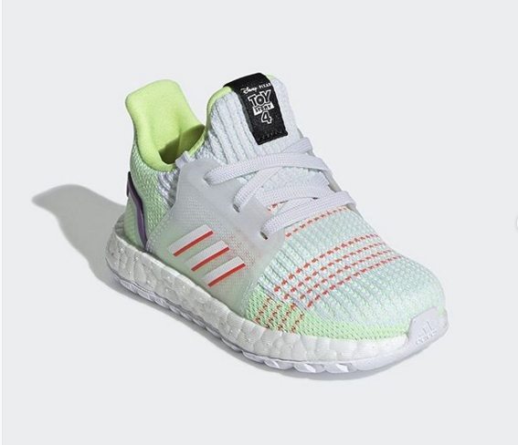 Buzz Look SoonFirst Adidas Coming Ultraboost Lightyear 2019 mfy7IY6gvb