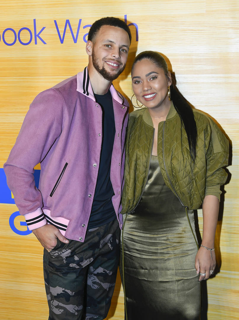 """Ayesha Curry Had A """"Botched Boob Job"""" After Birth Of Second Child"""