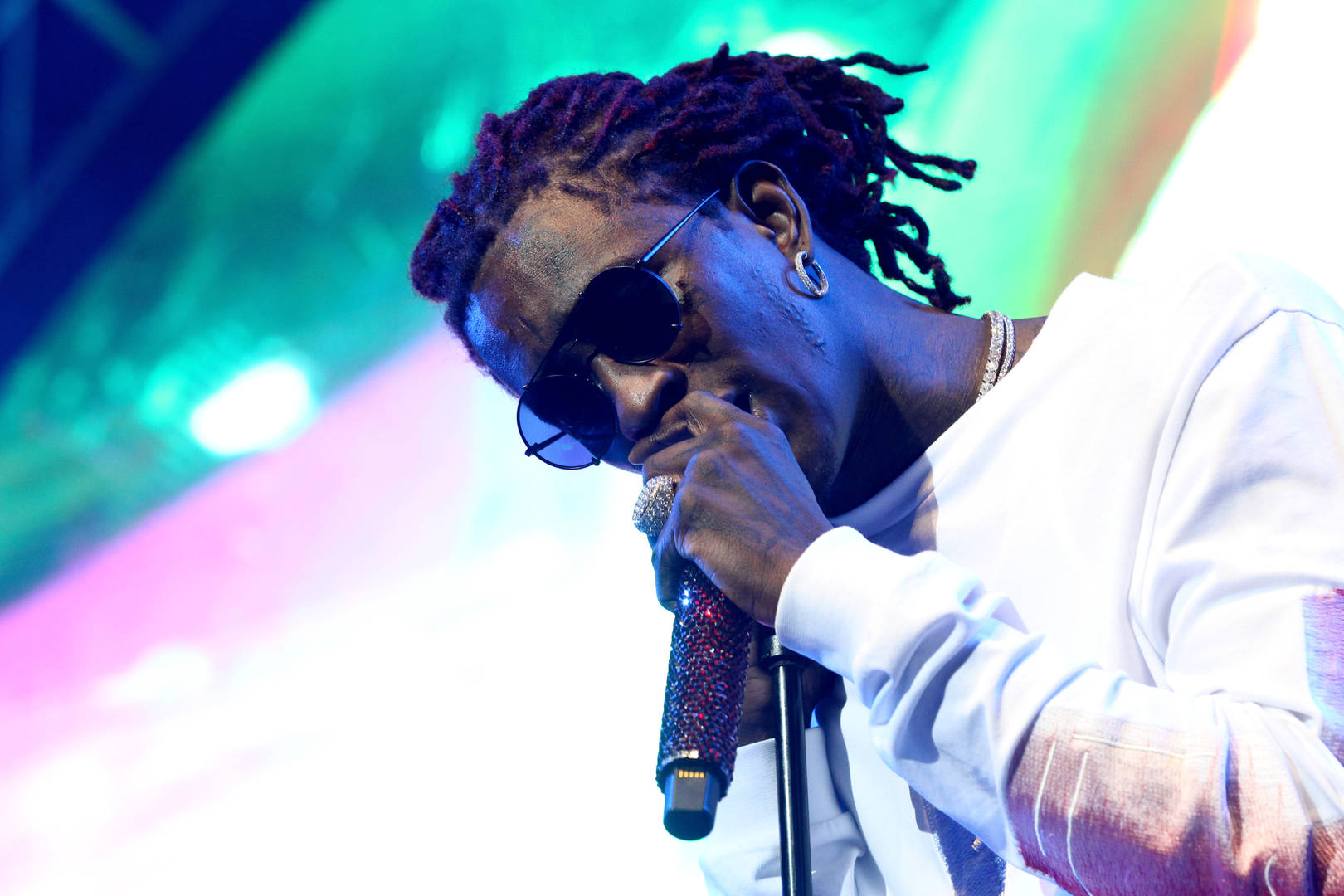"Young Thug Premieres New Song ""Surf"" During Mysterious Livestream"