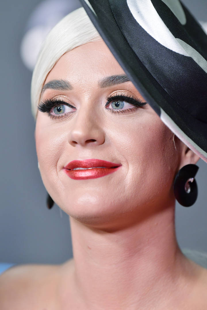 Katy Perry Causes Courtroom To Burst Into Laughter After Offering To Do This