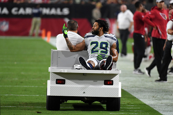 Earl Thomas Doesn't Regret Flashing Middle Finger to Pete Carroll