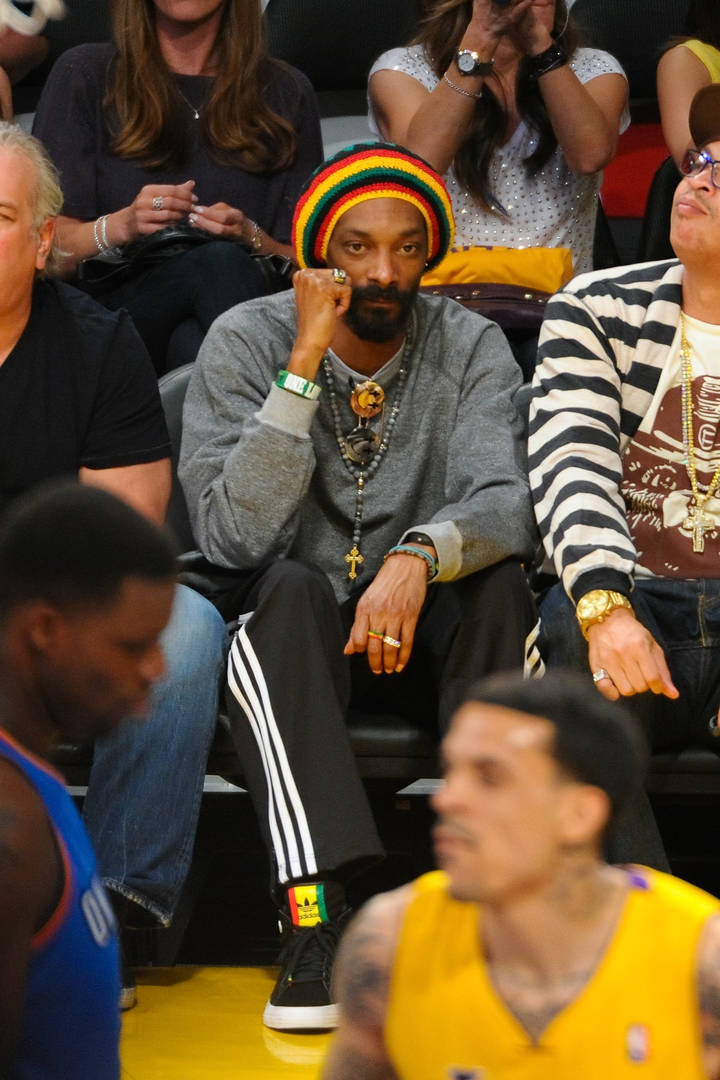 Snoop Dogg Tries To Convince Kawhi Leonard To Sign With Lakers With A Song