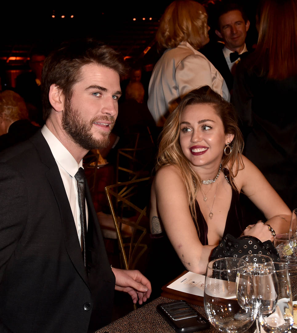 "Miley Cyrus Breaks Her Silence: ""I Love Liam And Always Will"""