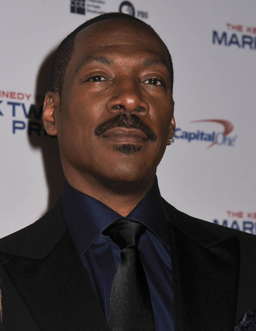 "Eddie Murphy Makes His Return To Comedy In ""Dolemite Is My Name"" Trailer"