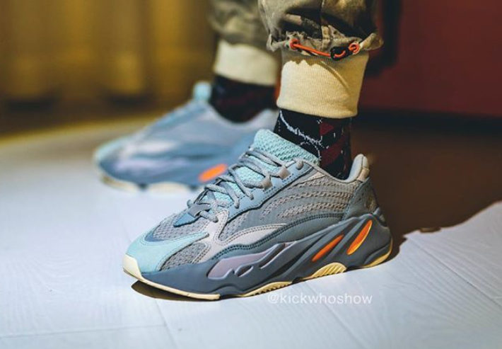 los angeles c5fec 2fb6c Adidas Yeezy Boost 700 V2