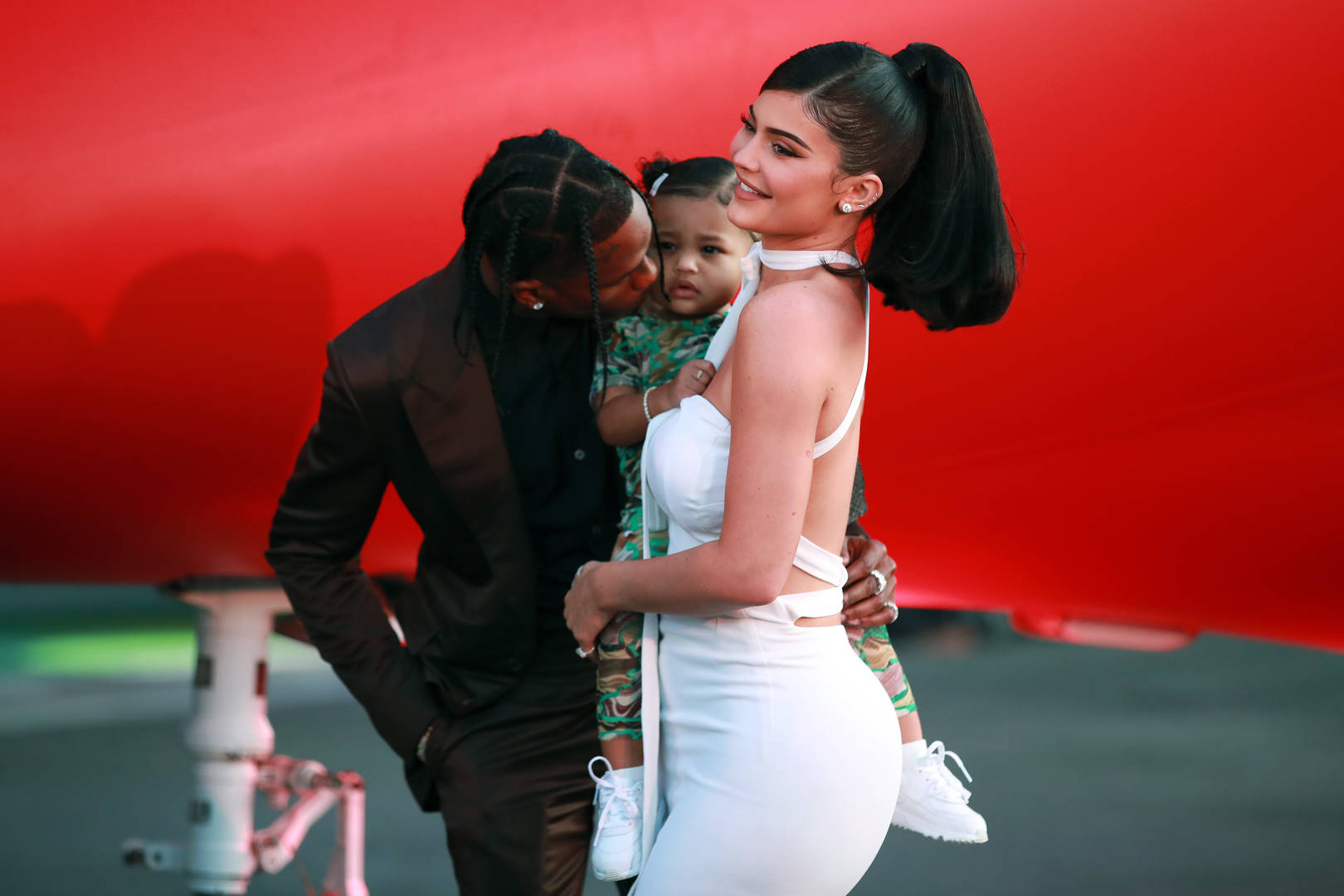 "Travis Scott & Kylie Jenner Lay On The PDA At The ""Look Mom I Can Fly"" Premiere"