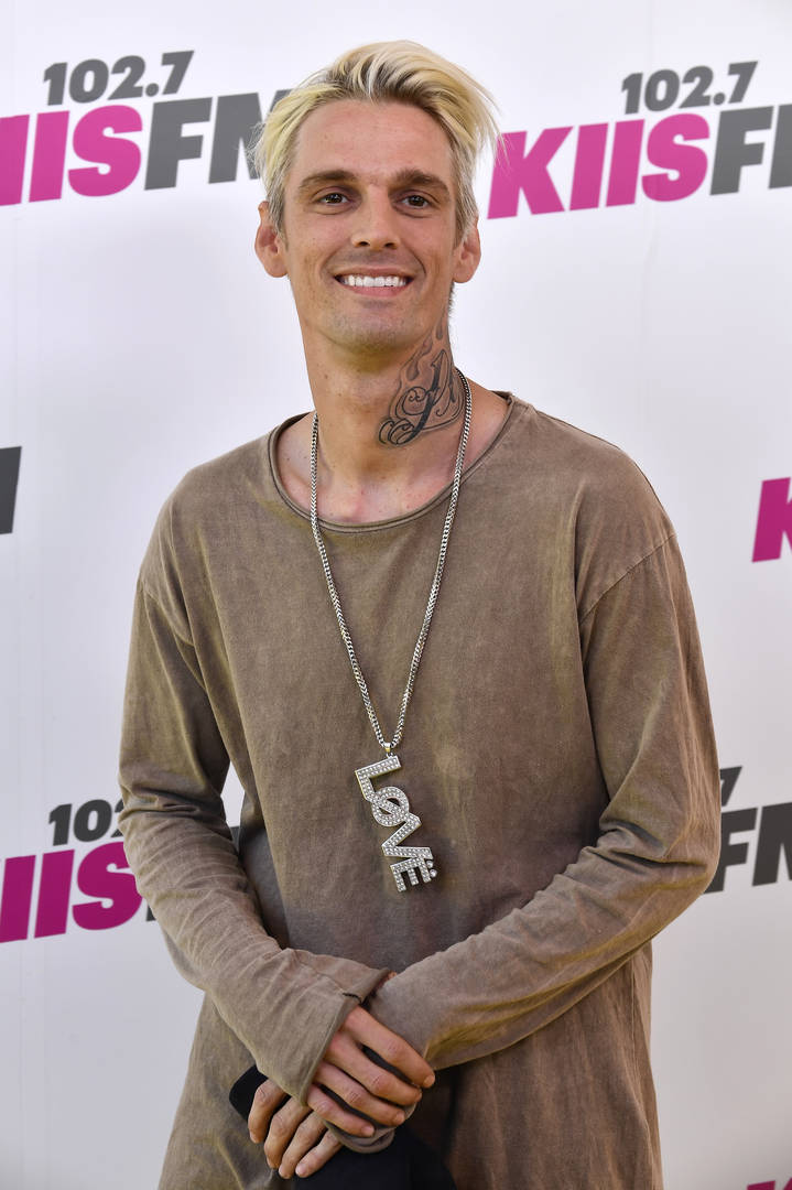 """Aaron Carter Says 6ix9ine Is A Rat But Still Supports Him; Calls Brother """"Serial Rapist"""""""