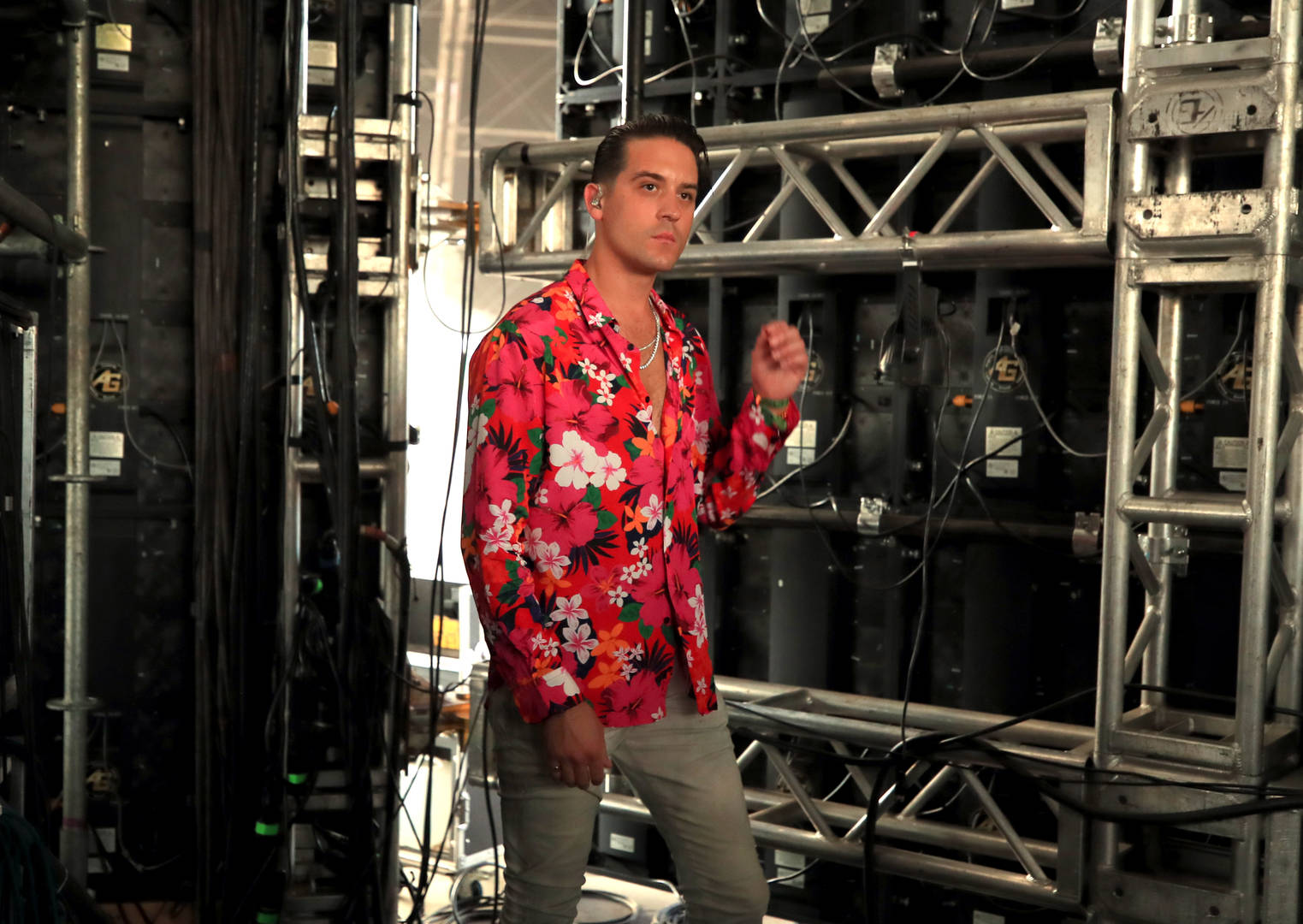 """G-Eazy Rocked """"Chino XL Braids"""" In Regrettable Throwback Picture"""