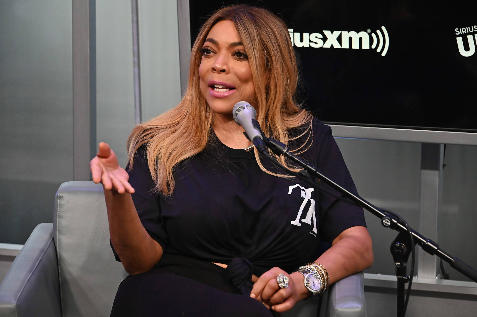 Wendy Williams Drops Subtle Shade To Kevin Hunter On Show's Season Premiere