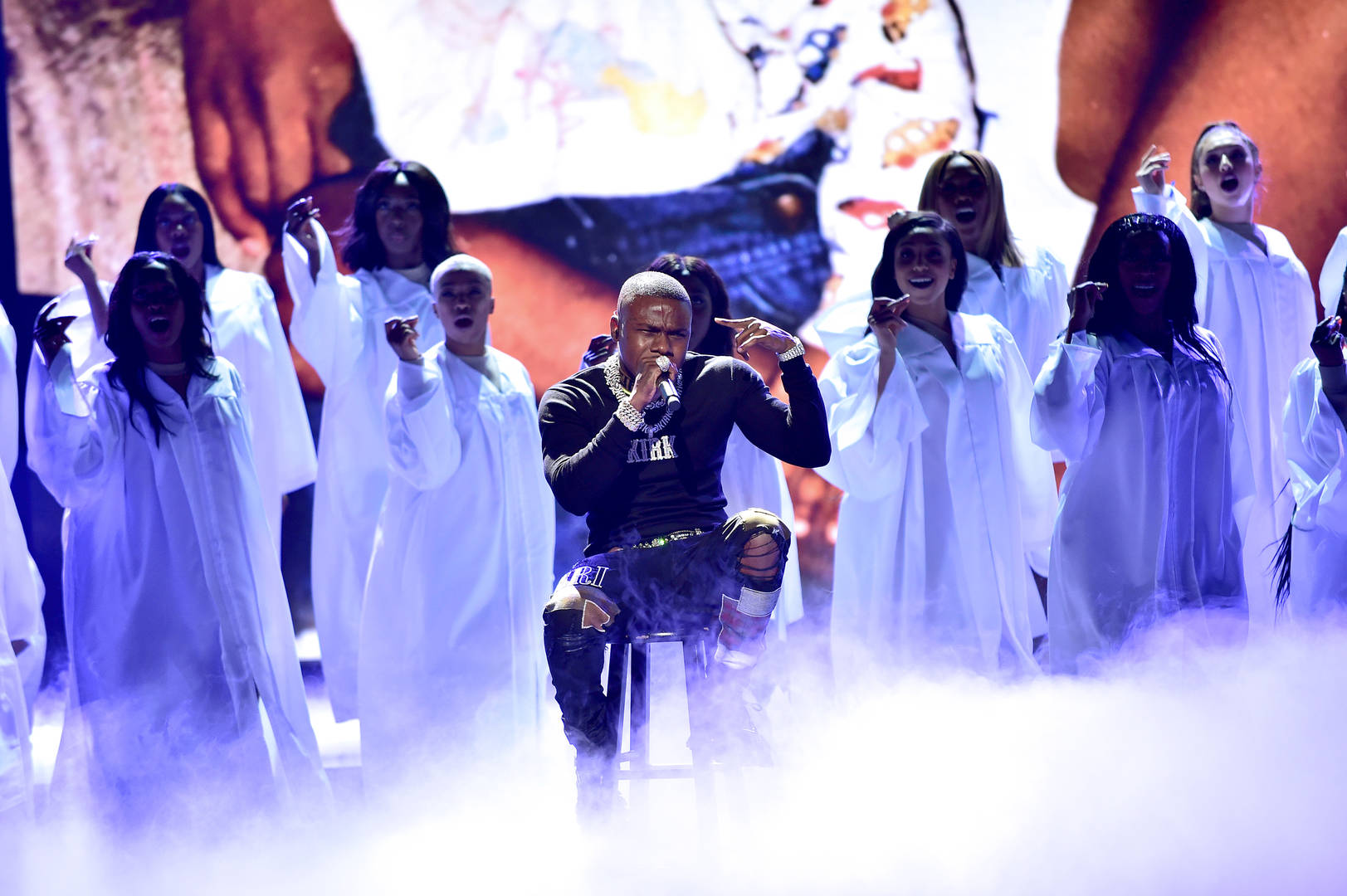 """DaBaby's """"Intro"""" Debuts In Top 10 Of Hot R&B/Hip-Hop Songs Chart"""