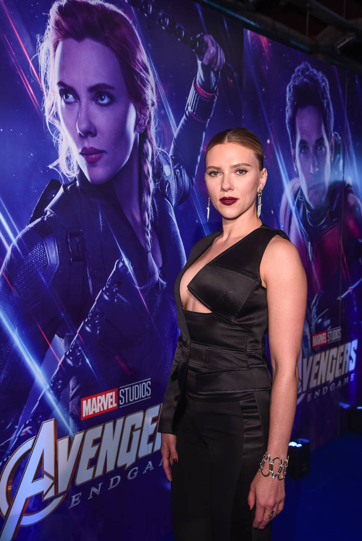 Scarlett Johansson & Other MCU Stars Are Ready For An All-Female Film