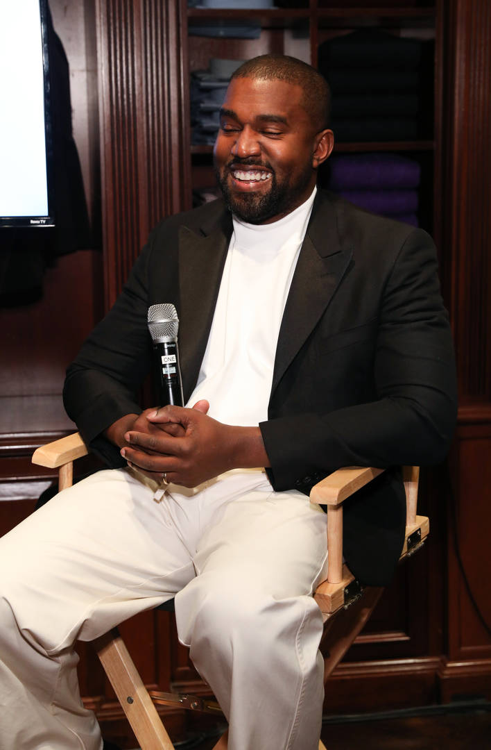 """Kanye West Performs Chic-Fil-A Anthem """"Closed On Sunday"""" For Jimmy Kimmel"""