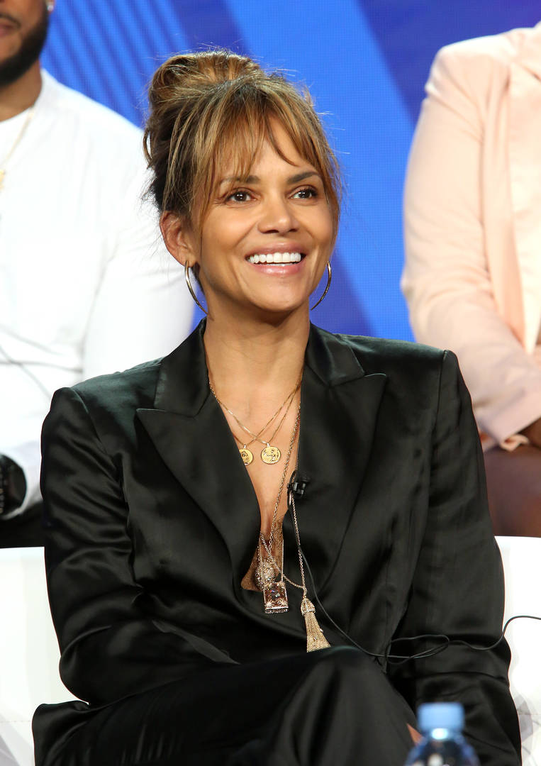 Halle Berry Flexes Her Rock-Hard Abs In Insane New Picture