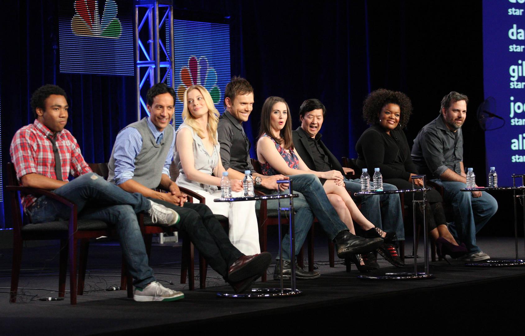 """Community"" Cast Discuss Potential Movie & Love For Donald Glover"