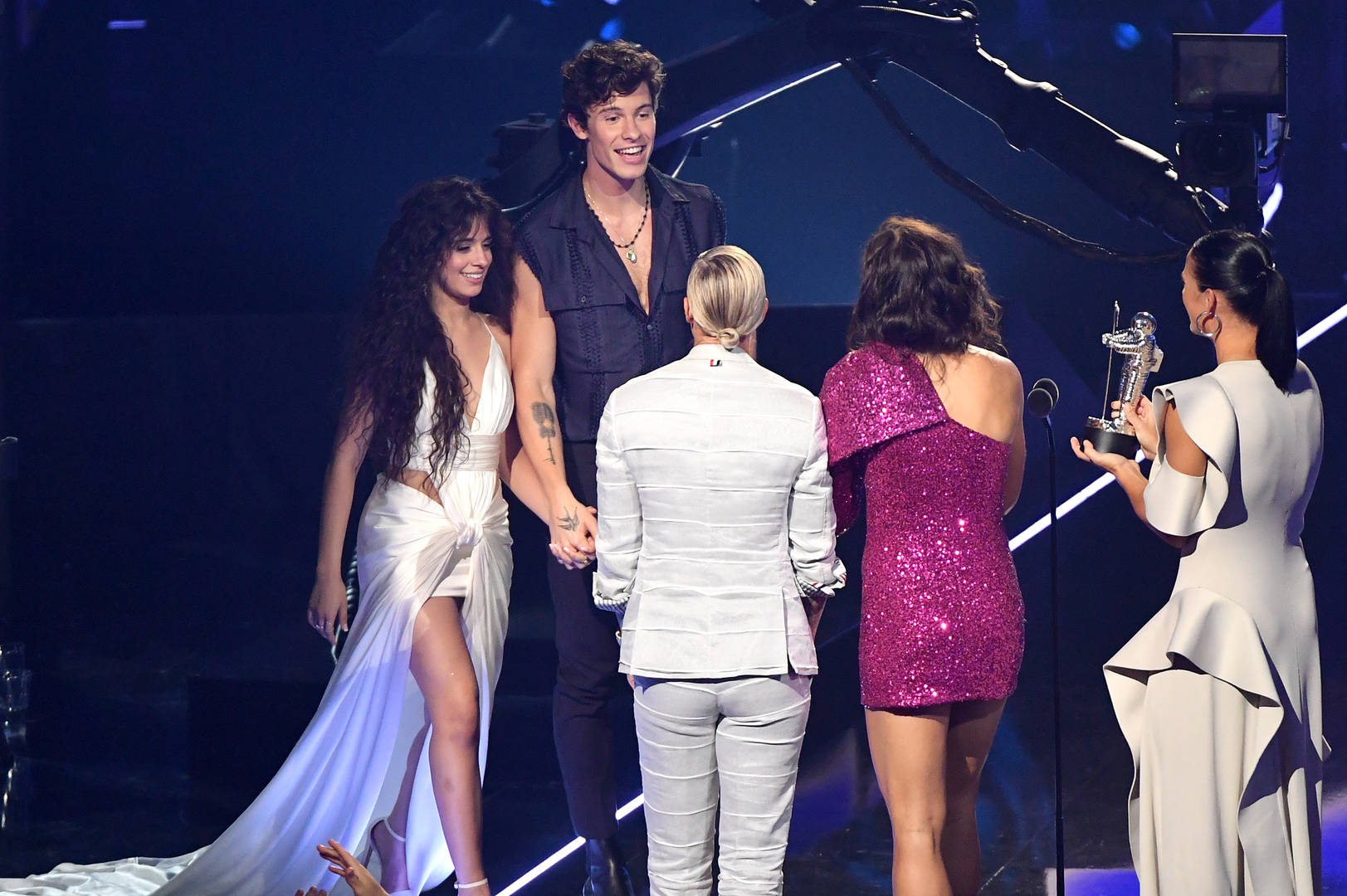Shawn Mendes and Camila Cabello accepting award