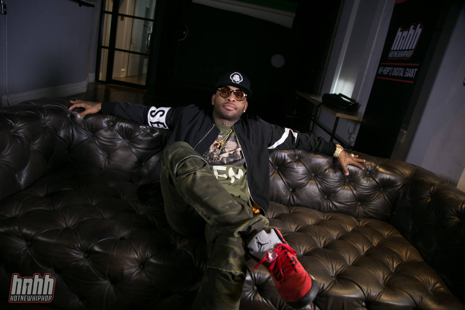 "Royce Da 5'9's Production Skills Shine In ""Making Of Black Savage"" Doc"