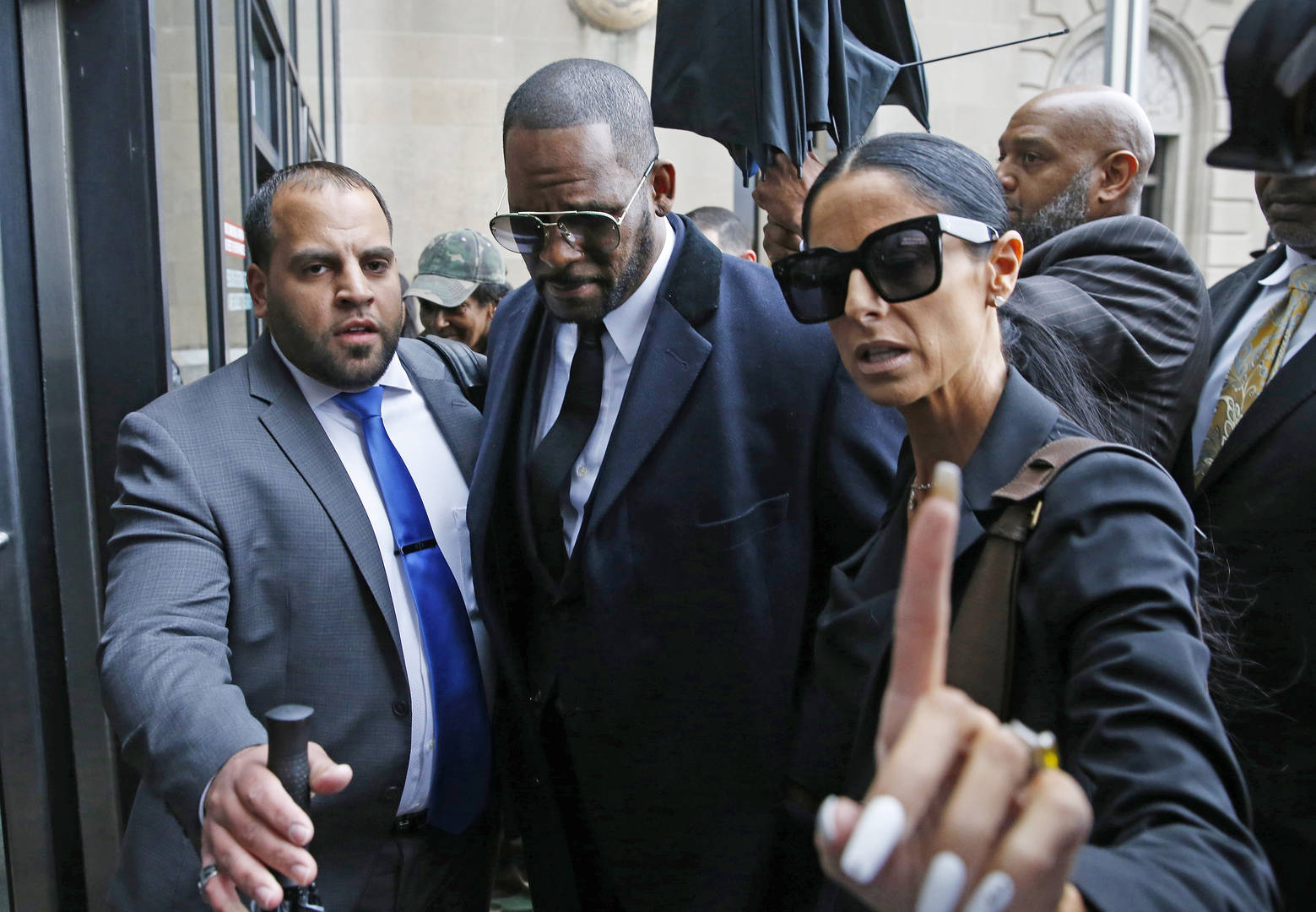 Rapper R Kelly's Girlfriend Speaks Out, Labels Herself A Victim
