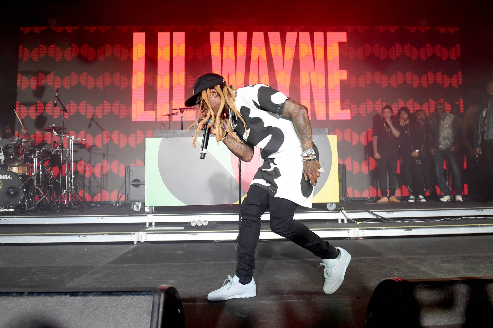 Lil Wayne Asserts His Hip-Hop Dominance & Young Thug Co-Signs