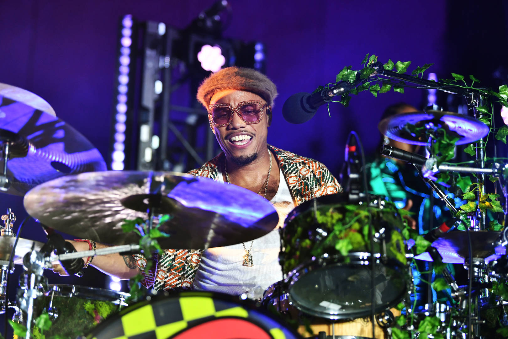 "Free Nationals & Anderson .Paak Perform Unreleased Single On ""The Tonight Show"""