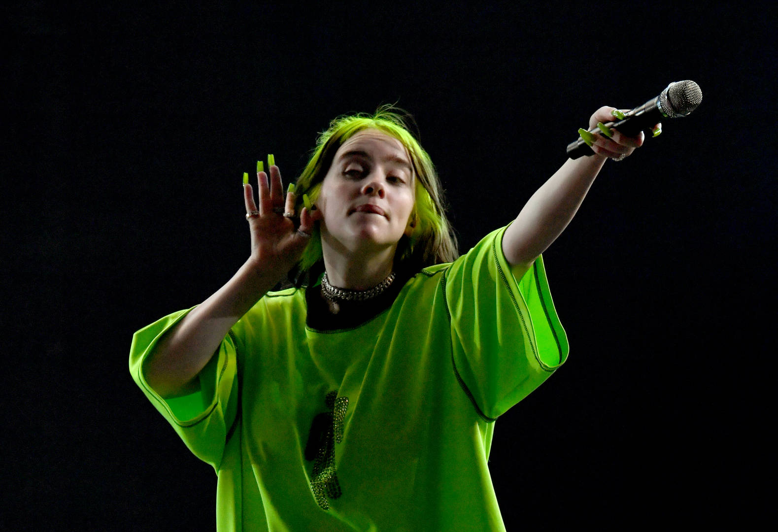 Billie Eilish Was Paid $25 Million For Apple TV+ Documentary About Her Success In 2019