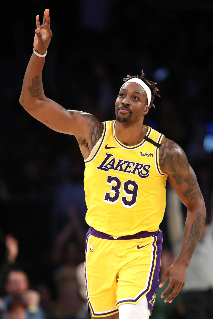 Lakers' Dwight Howard Reacts To Impressive 20-Point Double-Double