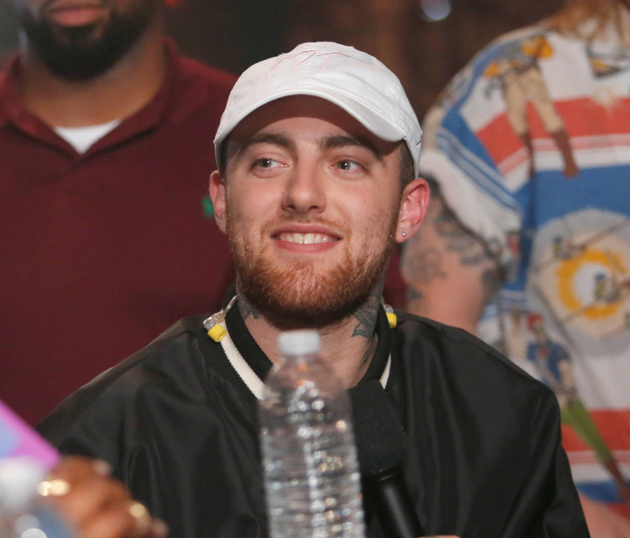 "Lucky Fans Get To Listen To Mac Miller's ""Circles"" Ahead Of Release"