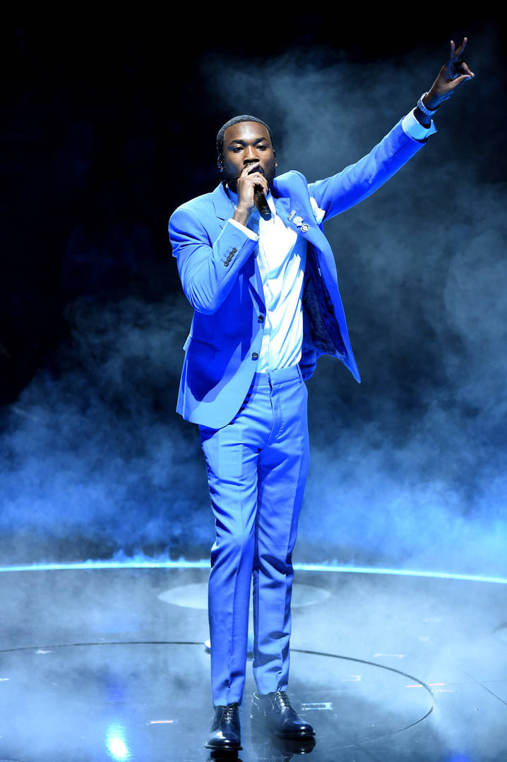 """Meek Mill Lights Up With Dave Chappelle """"In The Cut"""" During Grammy Festivities"""