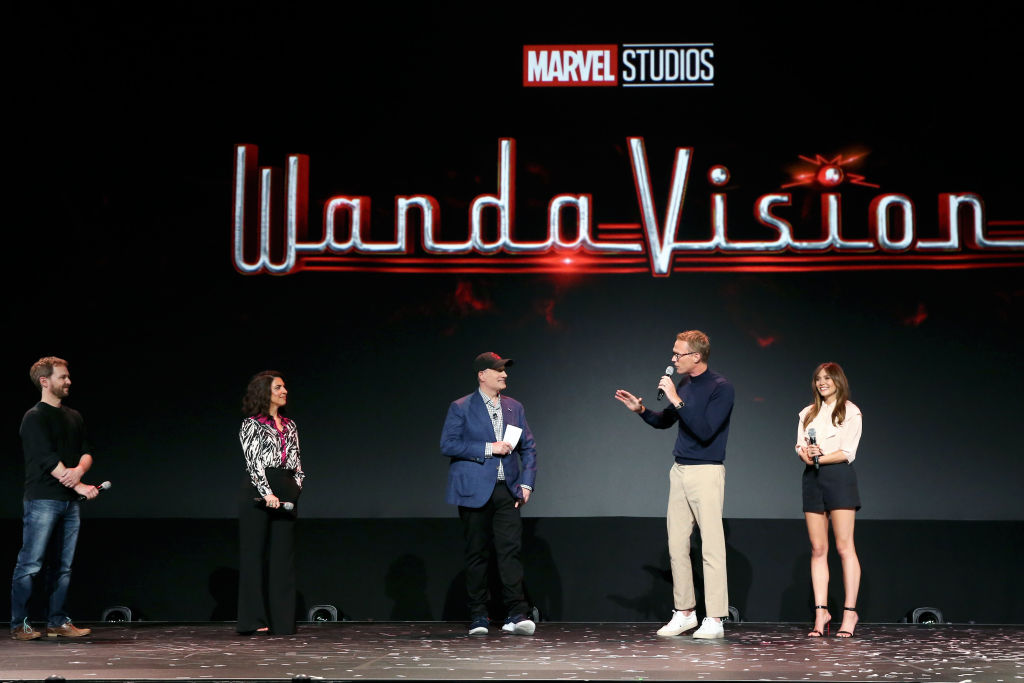 Disney+'s WandaVision Looks Like A Sitcom That's Gone Off The Rails